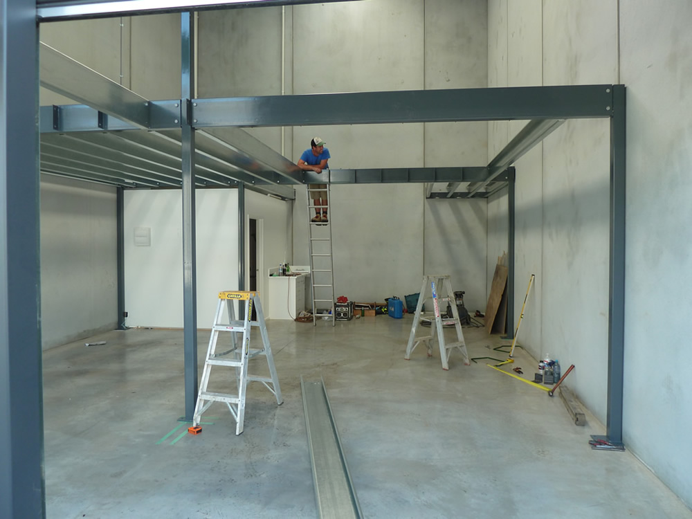Factory mezzanine floor lq engineering for Steel mezzanine design